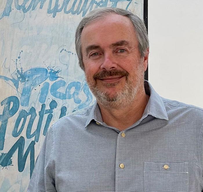 Eduardo Van Roost
